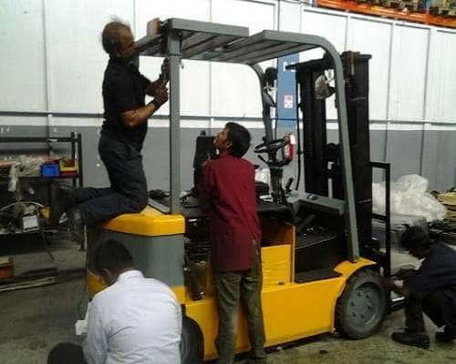 Sửa chữa xe nâng điện chuyên nghiệp