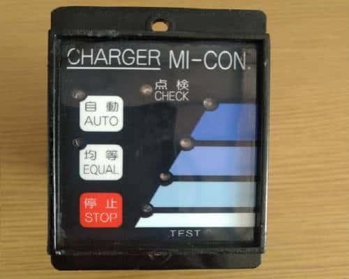 Bộ điều khiển ắc quy xe nâng điện