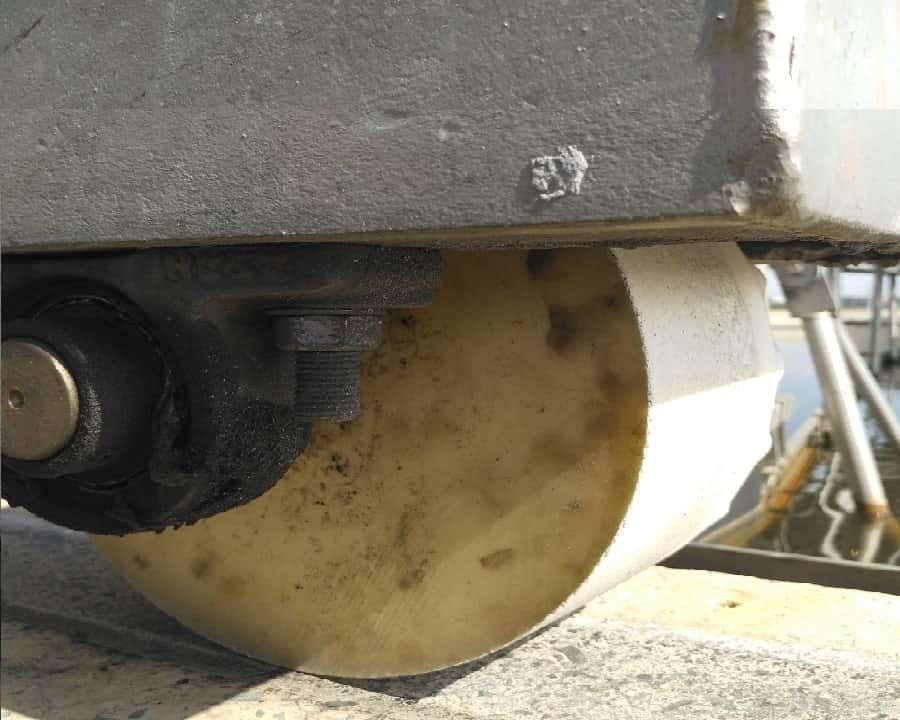 Bánh xe bể lắng chất liệu PU