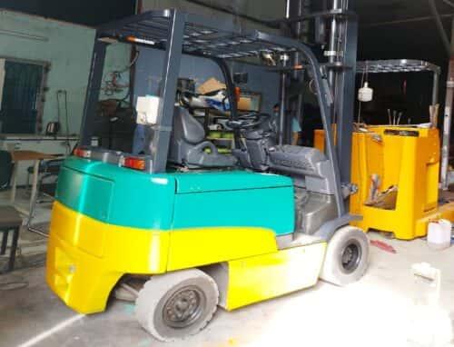 Xe nâng điện 2 tấn 4m Komatsu ngồi lái