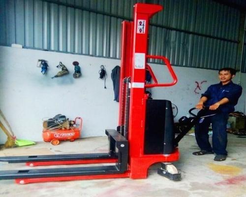 Xe nâng điện kéo tay 2 tấn lên 3.5m