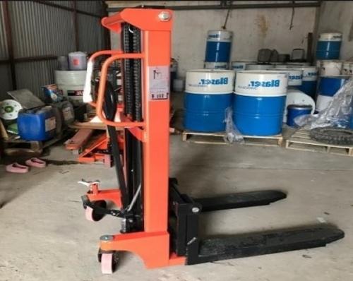 Xe nâng tay cao 2000kg lên 2m5 dùng thủy lực