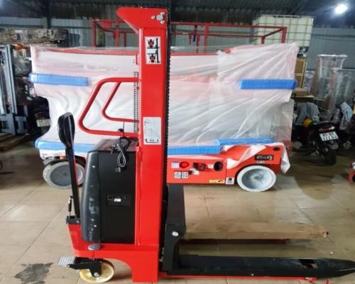 Xe nâng tay điện 2000kg cao 2.5m